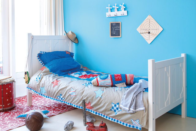 kinderbett auf was muss man achten. Black Bedroom Furniture Sets. Home Design Ideas